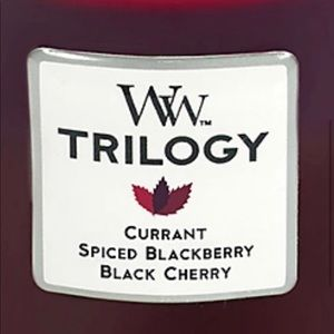 Woodwick Trilogy Candle